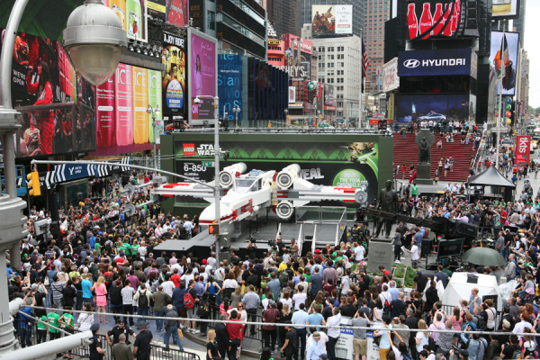 Of Course the Largest Lego Model Ever Built Has to Do with 'Star Wars'...