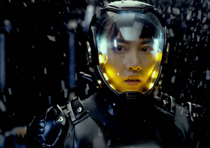 'Pacific Rim' Is Outrageously Badass, Plus: Why It May Predict the Future of the Summer Blockbuster