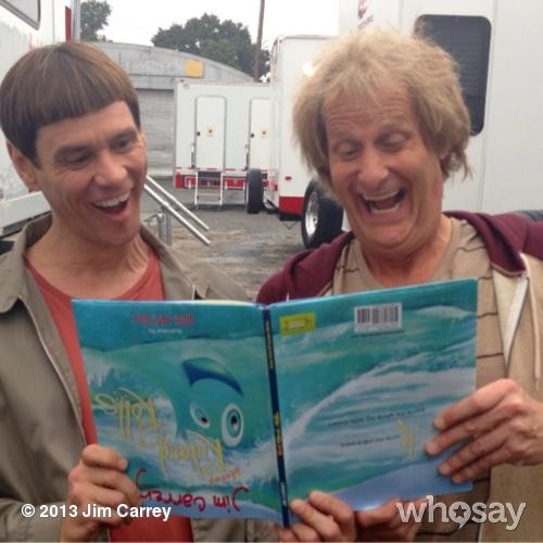 New 'Dumb & Dumber To' Photo Proves Reading Is Fundamental | Movie