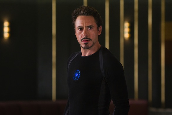 Tony Stark Halloween Costume.Here S How To Build Your Own Iron Man Arc Reactor Costume For