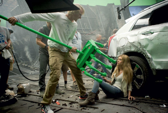 Movie News: New 'Transformers 4' Pics; 'Pirates 5' Casting Rumors; 'Jurassic World' - Reboot or...