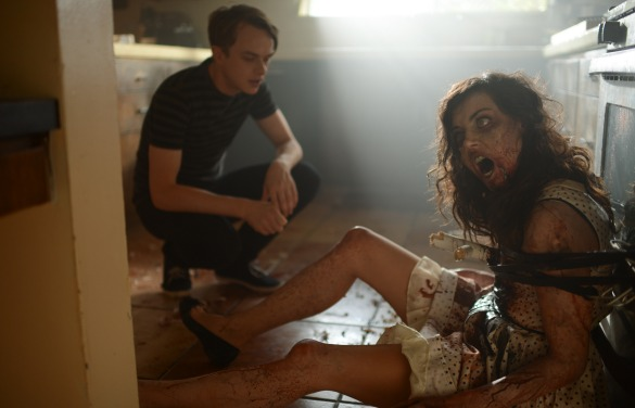 lifeafterbeth Life After Beth Trailer: Would You Still Date Aubrey Plaza As a Zombie?