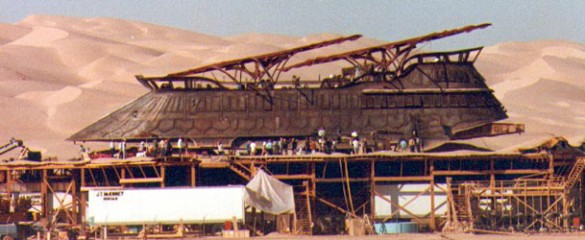 Jabba%20Sail%20Barge%202%20(585%20x%20240) Coolest Movie Sets Ever: Jabba the Hutts Sail Barge from Return of the Jedi