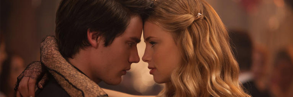 Dominic Sherwood and Lucy Fry in Vampire Academy