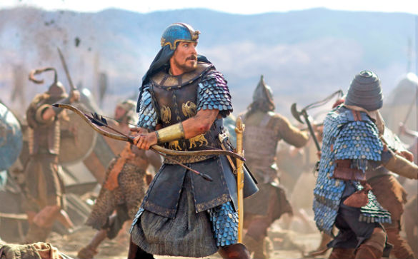 1b EW Exodus 585 Movie News: Sigourney Weaver in New Exodus Photo; Johnny Depp and Daughter to Star in Kevin Smiths Yoga Hosers