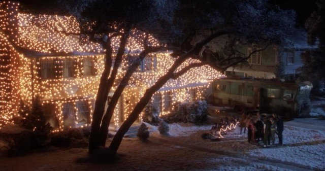 when you think of the ultimate christmas movie lights display you turn to national lampoons christmas vacation and the one clark griswold meticulously - Watch National Lampoon Christmas Vacation