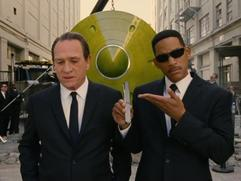 Men In Black 3: Turn Your Cell Phone Off