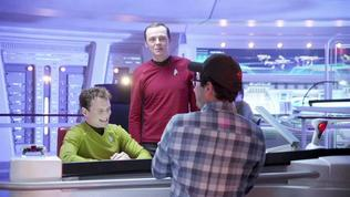Star Trek Into Darkness: Scotty Profile (Featurette)