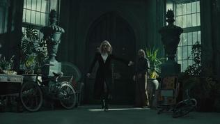 Dark Shadows (Trailer 1)