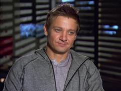 The Bourne Legacy: Jeremy Renner On The Freezing Lake