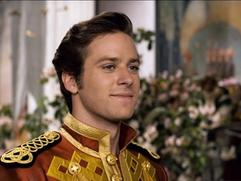 Mirror Mirror: Armie Hammer (Featurette)