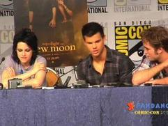 New Moon Press Conference Part 2 (Fandango.Com Movies)