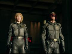 Dredd 3D: Dredd's Gear (Featurette)