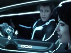 Tron: Legacy (Quorra Saves Sam)