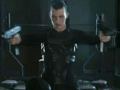 Resident Evil: Afterlife (Needle Dive)