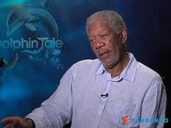 Exclusive: Dolphin Tale - Cast Interviews