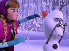 Exclusive: Frozen - Holiday Trailer