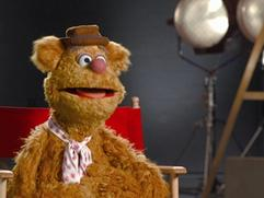 Exclusive: The Muppets - Working With The Muppets Featurette
