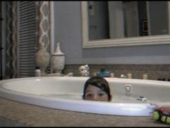 Exclusive: Paranormal Activity 4 - Tub