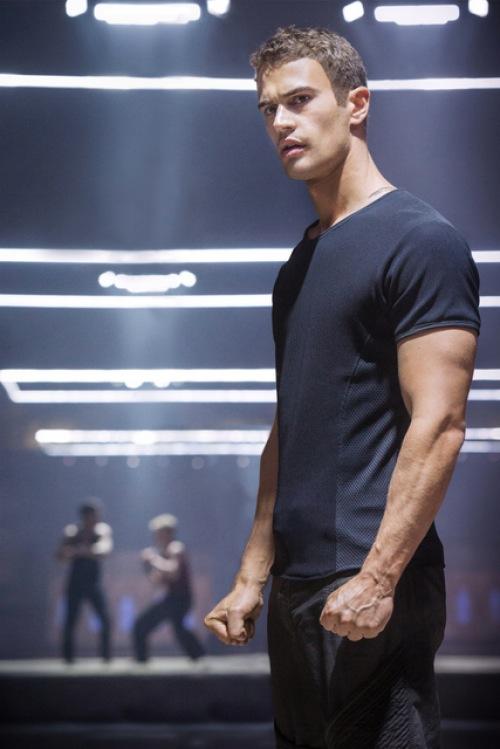 'Divergent' Cast Photo: What Do We Know About Four?   Fandango