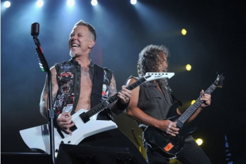 http://images.fandango.com/images/fandangoblog/MetallicaThroughTheNever500.jpg