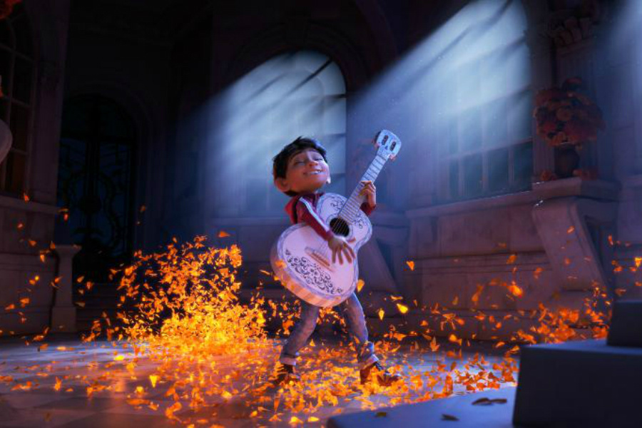 News Briefs: First Look at Pixar's 'Coco'