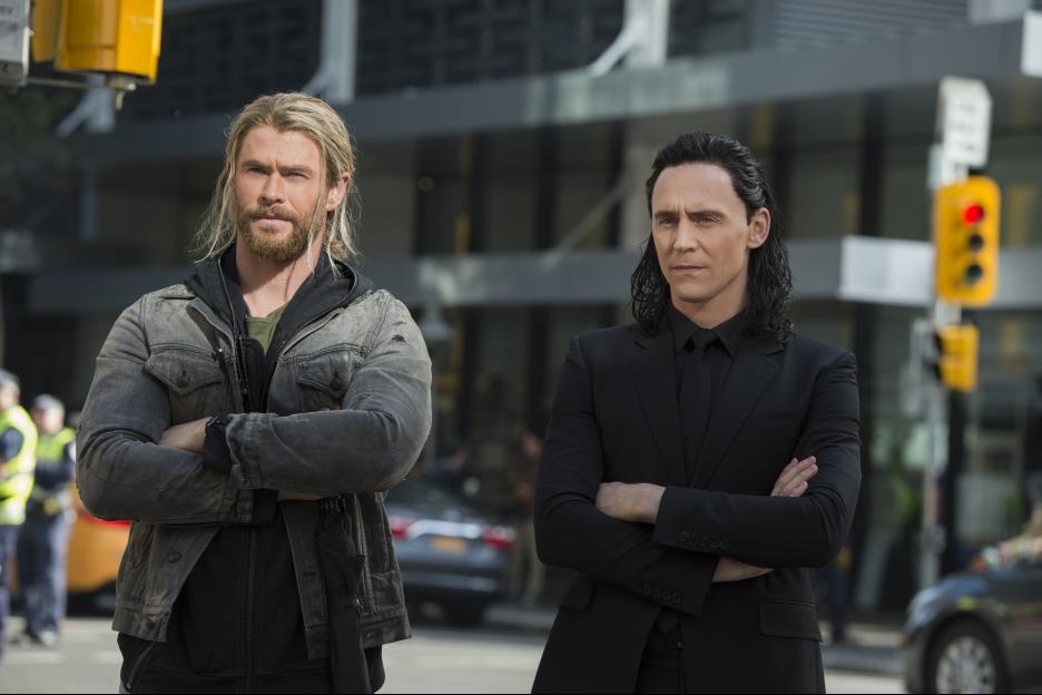 Thor: Ragnarok Thor Loki Chris Hemsworth Tom Hiddleston
