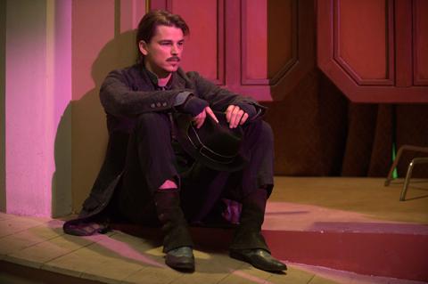Josh Harnett in Bunraku.