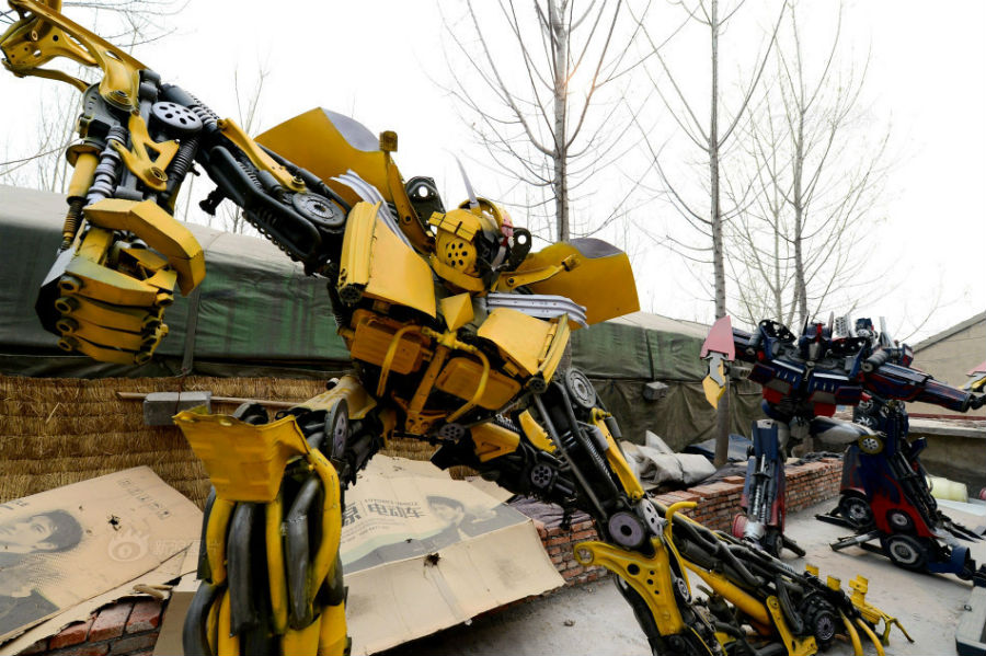 Transformers / Chinese Robots
