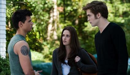 Taylor Lautner, Kristen Stewart and Robert Pattinson in 'The Twilight Saga: Eclipse'