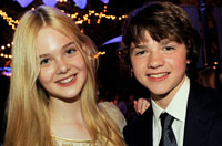 Elle Fanning and Joel Courtney