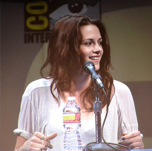 Kristen Stewart at Comic-Con for Breaking Dawn panel.