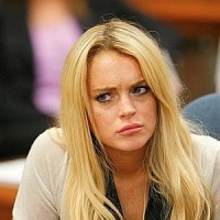 Wait Lindsay Lohan And Charlie Sheen Cast In Scary Movie 5 Fandango