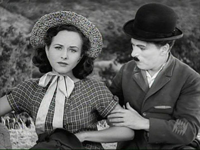 Paulette Goddard and Charlie Chaplin in 'Modern Times'