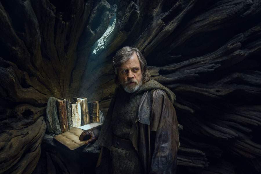 Star Wars: The Last Jedi Mark Hamill Luke Skywalker