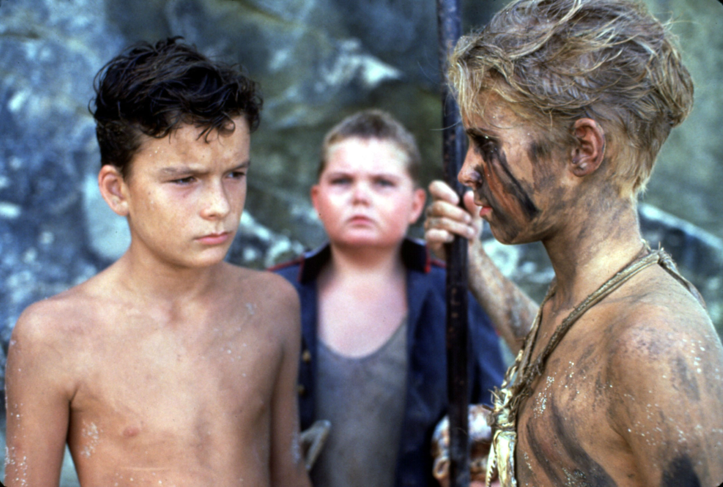 a comparison between the novel and film version of lord of the flies In comparing the novel 'lord of the flies' by william golding with a movie like ' bride and prejudice' or 'the truman show' i would start firstly by making some.