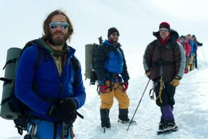 News Briefs: Jake Gyllenhaal Climbs a Mountain in First 'Everest' Image