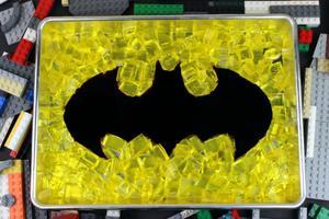 Perfect for Parties: Make This Block-tastic Batman Treat