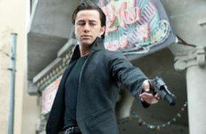 Joseph Gordon-Levitt, Rian Johnson Tease Their Time-Travel Thriller 'Looper' with Two New Images and an In-Depth WonderCon Panel