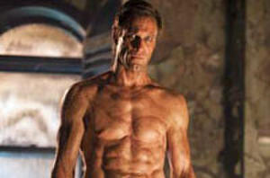 Aaron Eckhart Kicks Butt in New 'I, Frankenstein' Trailer