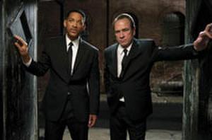 Watch: 'Men in Black 3' Featurette with Will Smith, Tommy Lee Jones and Josh Brolin