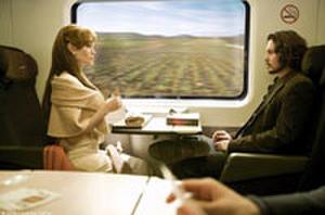 Jolie and Depp Flirt in First 'Tourist' Clip