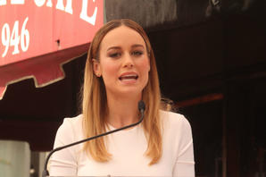 News Briefs: Brie Larson's 'The Glass Castle' Gently Moves to Summer