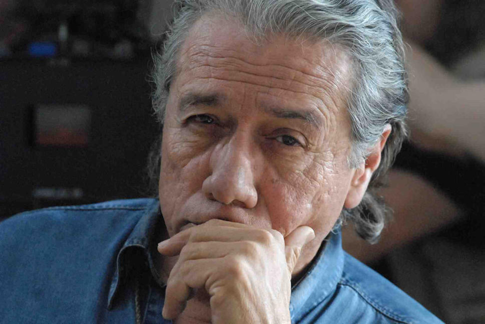 Edward James Olmos as Leandro in
