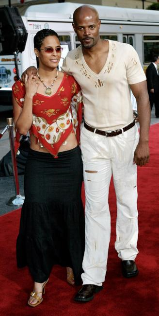 Keenan Ivory Wayans and his wife at the film premiere of