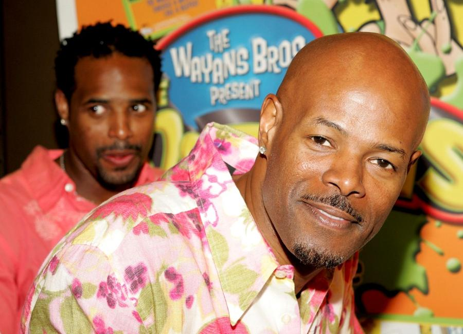 Keenan Ivory Wayans and Shawn Wayans at Blockbuster to promote their new game