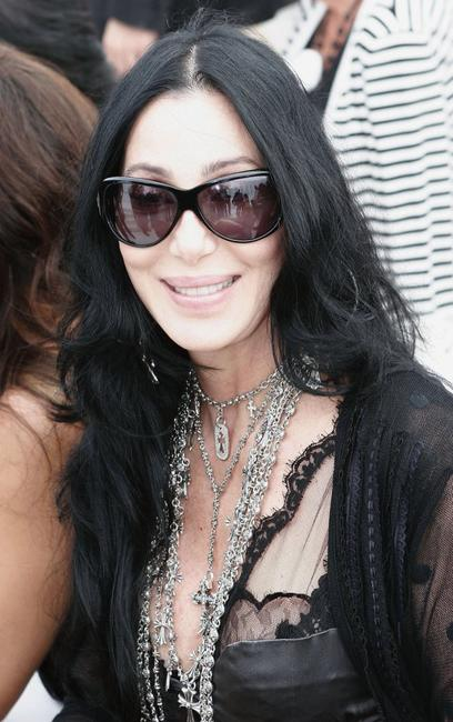 Cher at the Chanel Haute Couture Fall-Winter 2006/07 Fashion show.