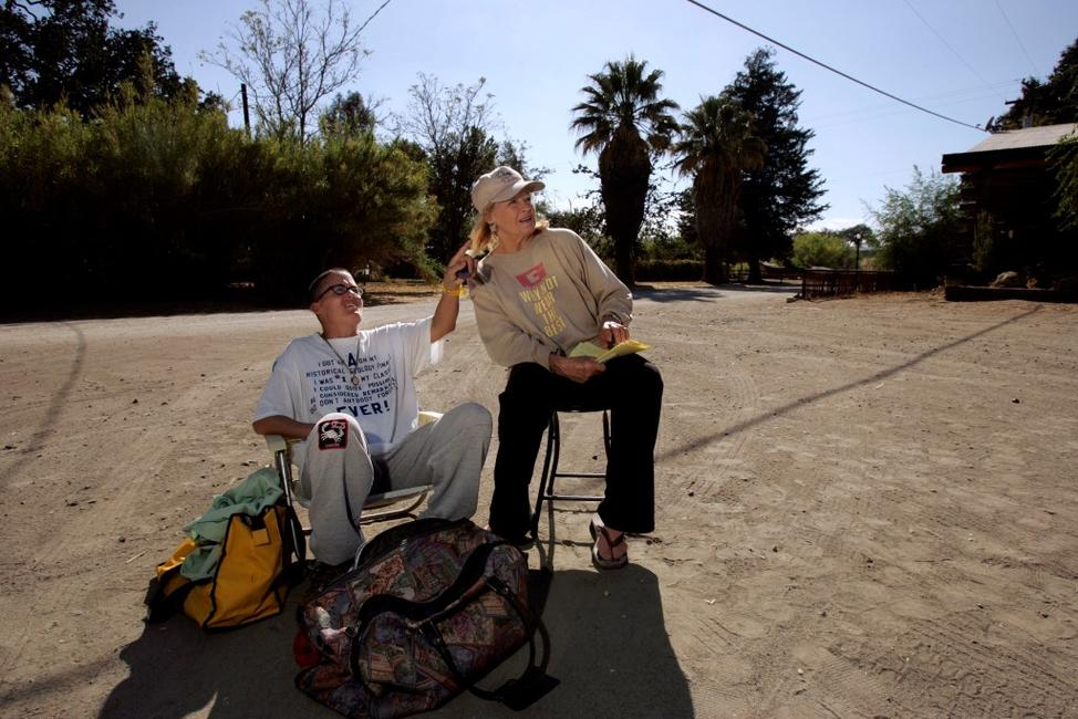 Angie Dickinson and her daughter Nikki Bacharach at the parking lot of the Parkfield Inn hoping to feel aftershocks on September 30, 2004 Parkfield, California.