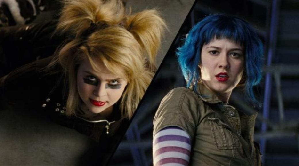 Mae Whitman as Roxy Richter and Mary Elizabeth Winstead as Ramona Flowers in