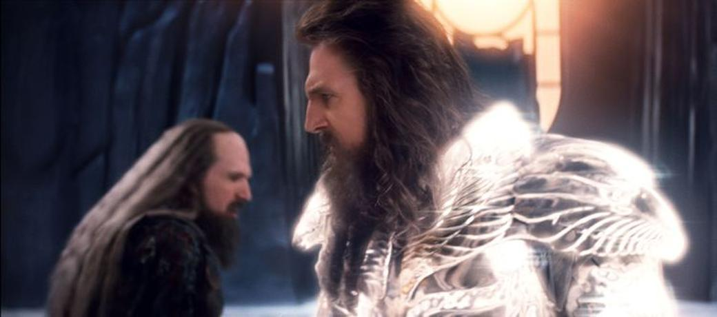 Ralph Fiennes as Hades and Liam Neeson as Zeus in